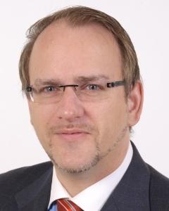 Carsten J. Weisner